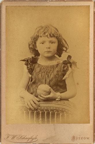 F. W. Schaufuß; Bild etwas kontrastreicher als im Originalzustand, Kabinettformat, Rückseite blanko