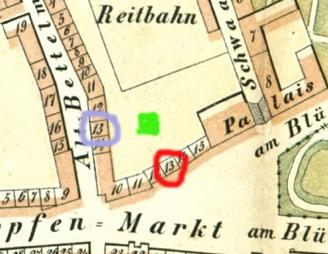 Ausschnitt aus dem Saniter-Plan von 1859, rot: Hopfenmarkt 13, blau: Blücherstraße 13, grün: wahrscheinlicher Standort des Glashauses.