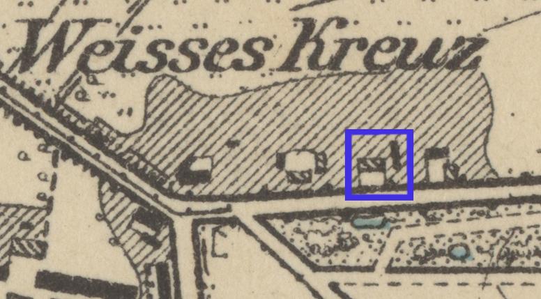 Ausschnitt aus einem Messtischblatt von 1877: Im Westen der Mühlendamm. im Süden die Neubrandeburger Straße, das Gribnitz-Gehöft an der Tessiner Chausse ist blau markiert.