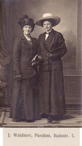 J. Waldherr; Foto-Ansichtskarte; rückseitiger Namensaufdruck