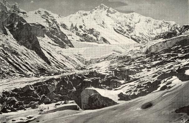 Kangchendzönga, der mit 8586 m höchste Berg Indiens, auch dem Buch entnommen
