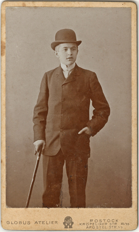 Ein Kaufmannssohn aus Tessin. 1904. Visitformat