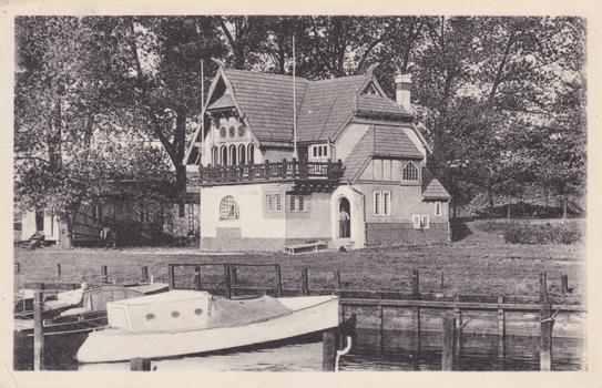 Haus des Mecklenburgischen Yacht-Clubs Gehlsdorf. 1912 gelaufen
