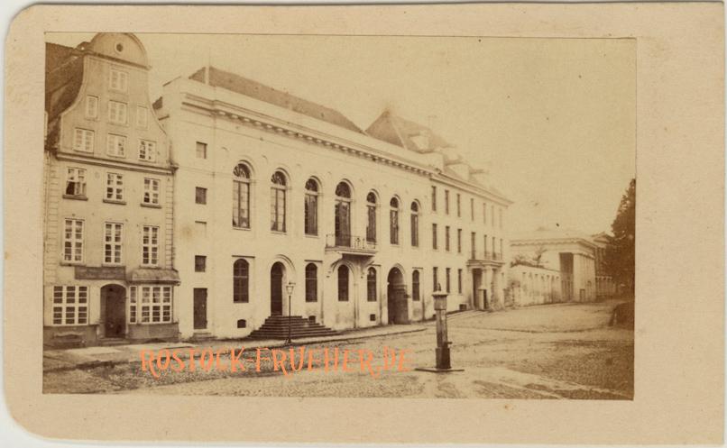 Großherzogliches Palais; um 1965; Visitformat; Rückseite siehe A1
