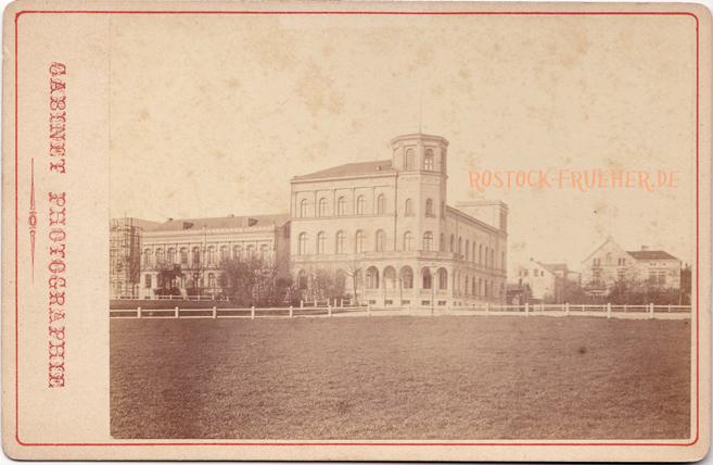 Societät, 1870er Jahre; Kabinettformat, Rückenetikett siehe A3, © Sammlung Jörg Utpatel