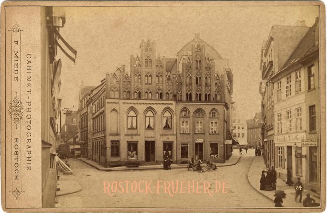 """Am Schilde, 1884/1886; rechts unten Nummer """"24""""; Kabinettformat, Rückseite blanko"""