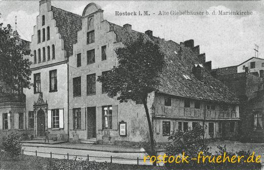 Alte Giebelhäuser bei der Marienkirche