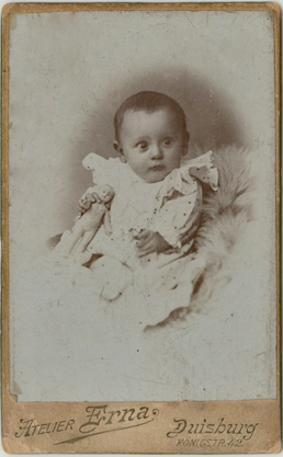 Duisburg. Atelier Erna. handschriftlich 1905 datiert. Rückseite blanko