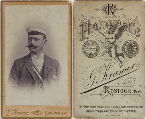 Aufnahme von 1895. Abgebildet ist ein Mitglied der Burschenschaft Obotritia