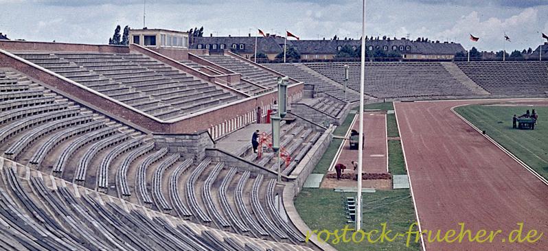 Ostseestadion, Westtribüne