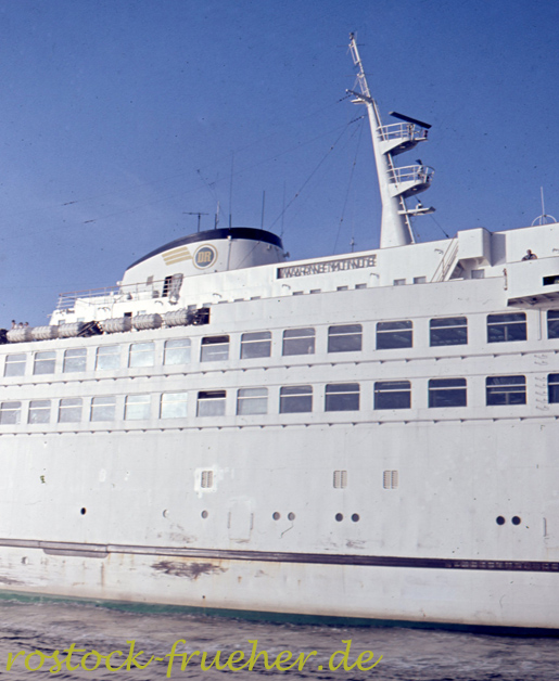 "Fährschiff ""Warnemünde"""