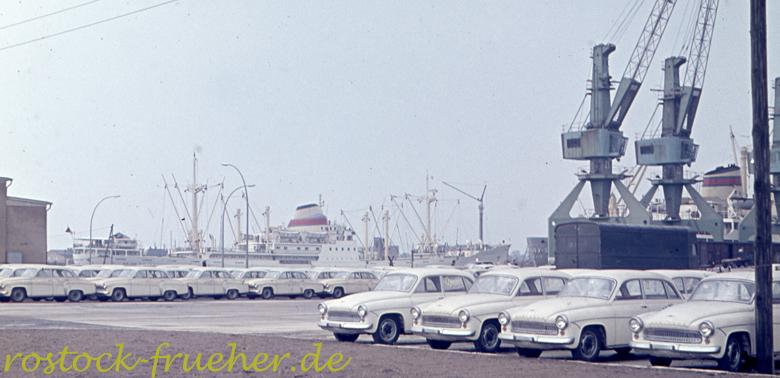 Hafen mit Wartburgs 600