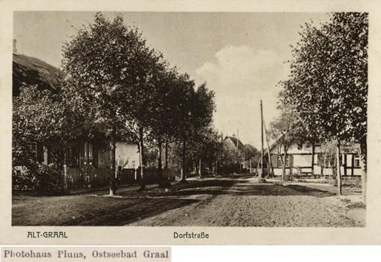 Photohaus Pluns, Ostseebad Graal. Alt-Graal, Dorfstraße. Ansichtskarte