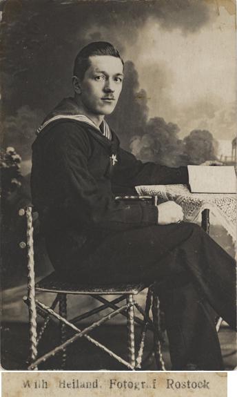 Fotopostkarte, 1918 beschrieben