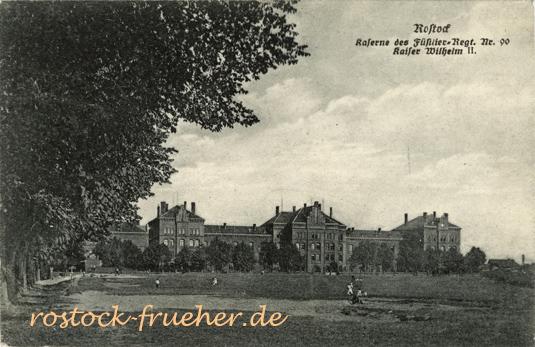 Kaserne des Füsilier-Regiment Nr. 90. 1916 gelaufen