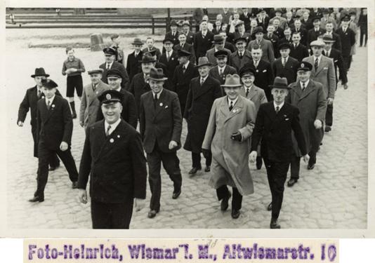 Foto-Heinrich, Wismar i. M., Altwismarstr.; Postkartenformat